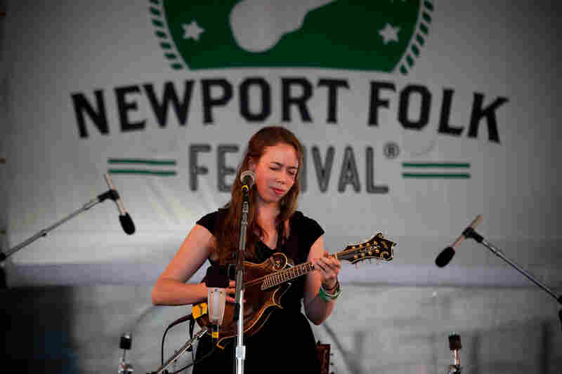 The versatile bluegrass star Sarah Jarosz plays new songs from her upcoming third album, Build Me Up from Bones, as well as Joanna Newsom and Bob Dylan covers.