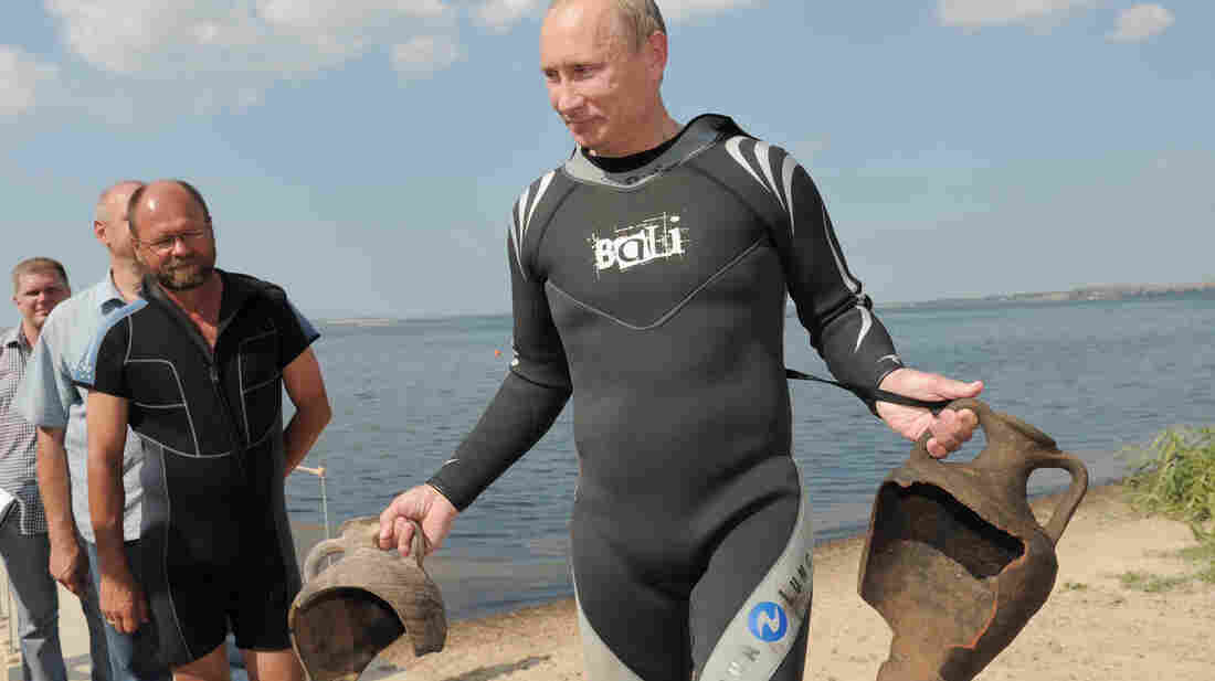 Putin discovered these two archaeological trophies during a dive near an ancient Greek port on Russia's Taman Peninsula on Aug. 10, 2011.