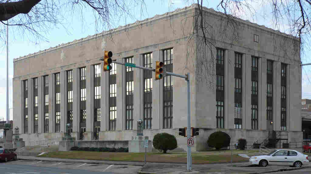 In a cost-cutting move, the federal court in Meridian, Miss., is among several federal courthouses slated to close.