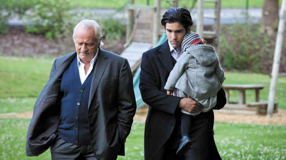 Andre (Niels Arestrup) shares a home with his Moroccan-born adopted son Mounir (Tahar Rahim), who has struggled to find work outside his father's home-based medical practice.