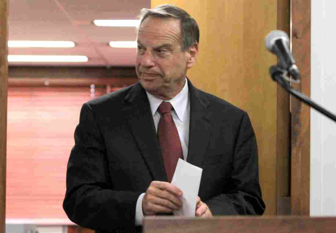 San Diego Mayor Bob Filner announced at a news conference last week that he intended to seek professional help for sexual harassment issues.