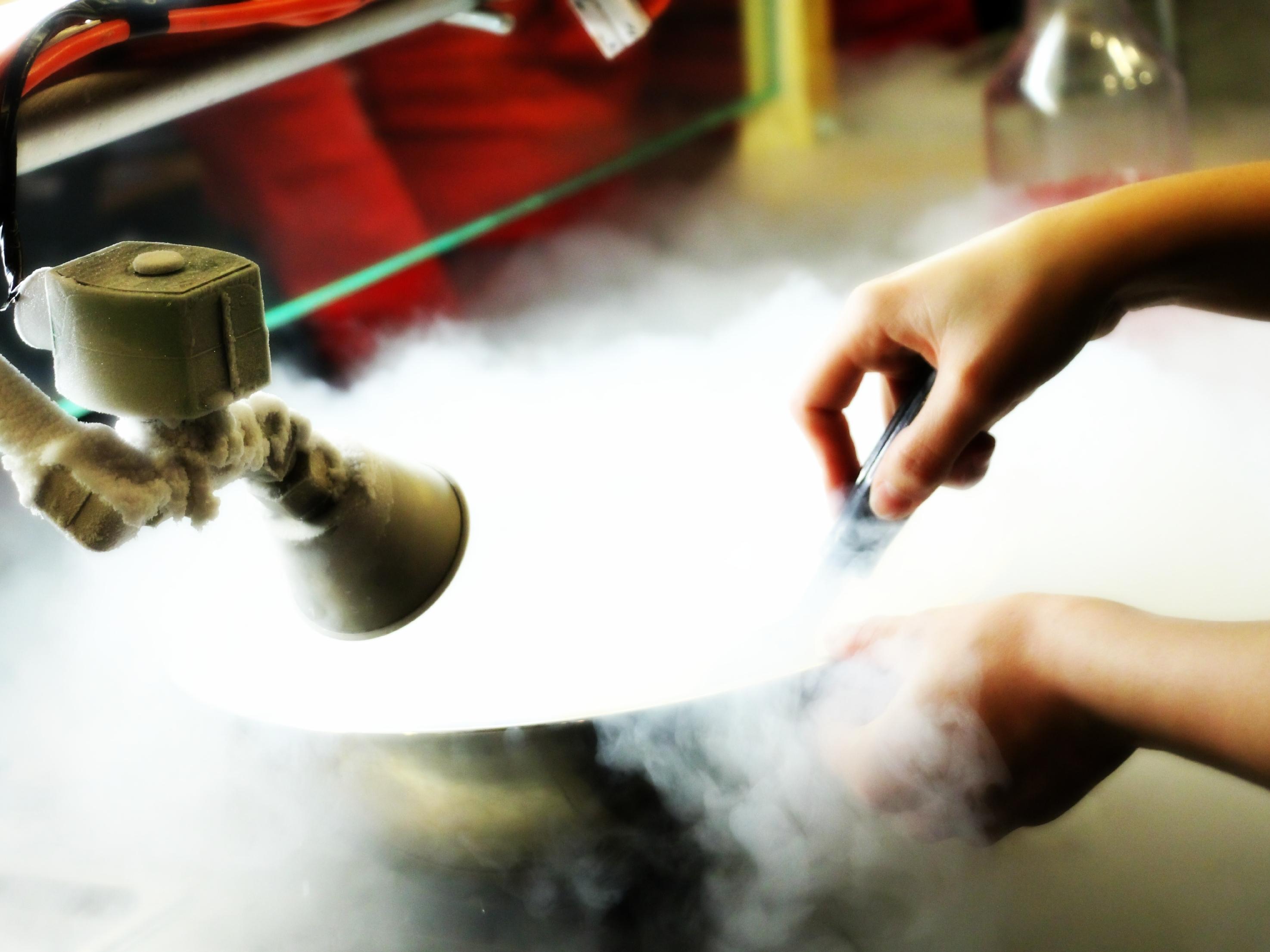 вам нужно жидкий азот для заморозки металла часто покупатели спрашивают