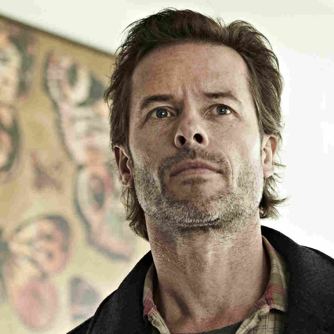 Dear Guy Pearce: The Jack Irish stubble is working, though we're not feeling the giant butterfly art. We assume it's in a hoodlum's house, not Jack's, but we'll be watching this weekend just to confirm.