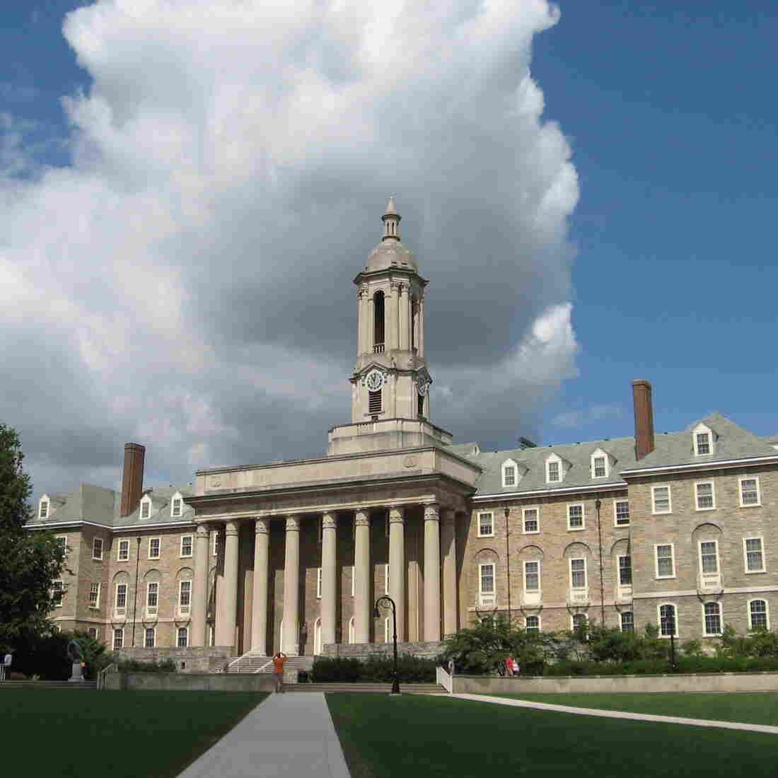 Penn State To Penalize Workers Who Refuse Health Screenings