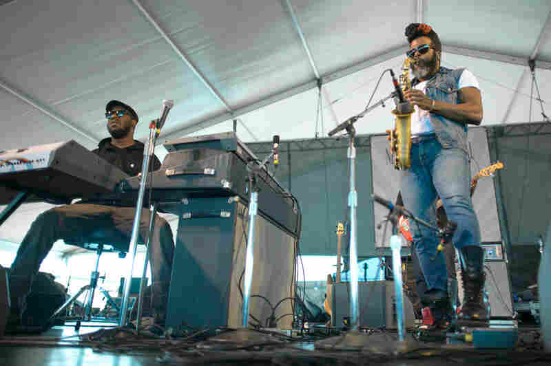 The Robert Glasper Experiment follows a Herbie Hancock tune with a Daft Punk cover — and there's plenty of vocoder to go around.