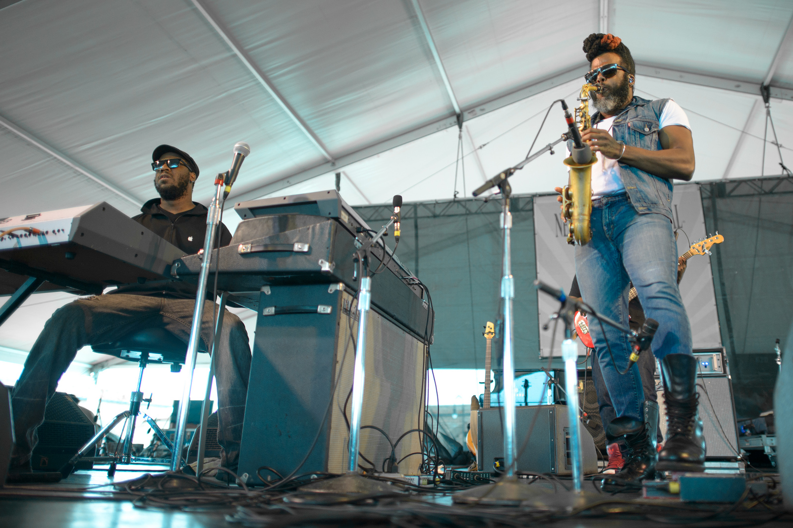 The Robert Glasper Experiment follows a Herbie Hancock tune with a Daft Punk cover -- and there's plenty of vocoder to go around.