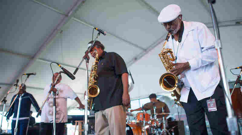 Dirty Dozen Brass Band, Live In Concert