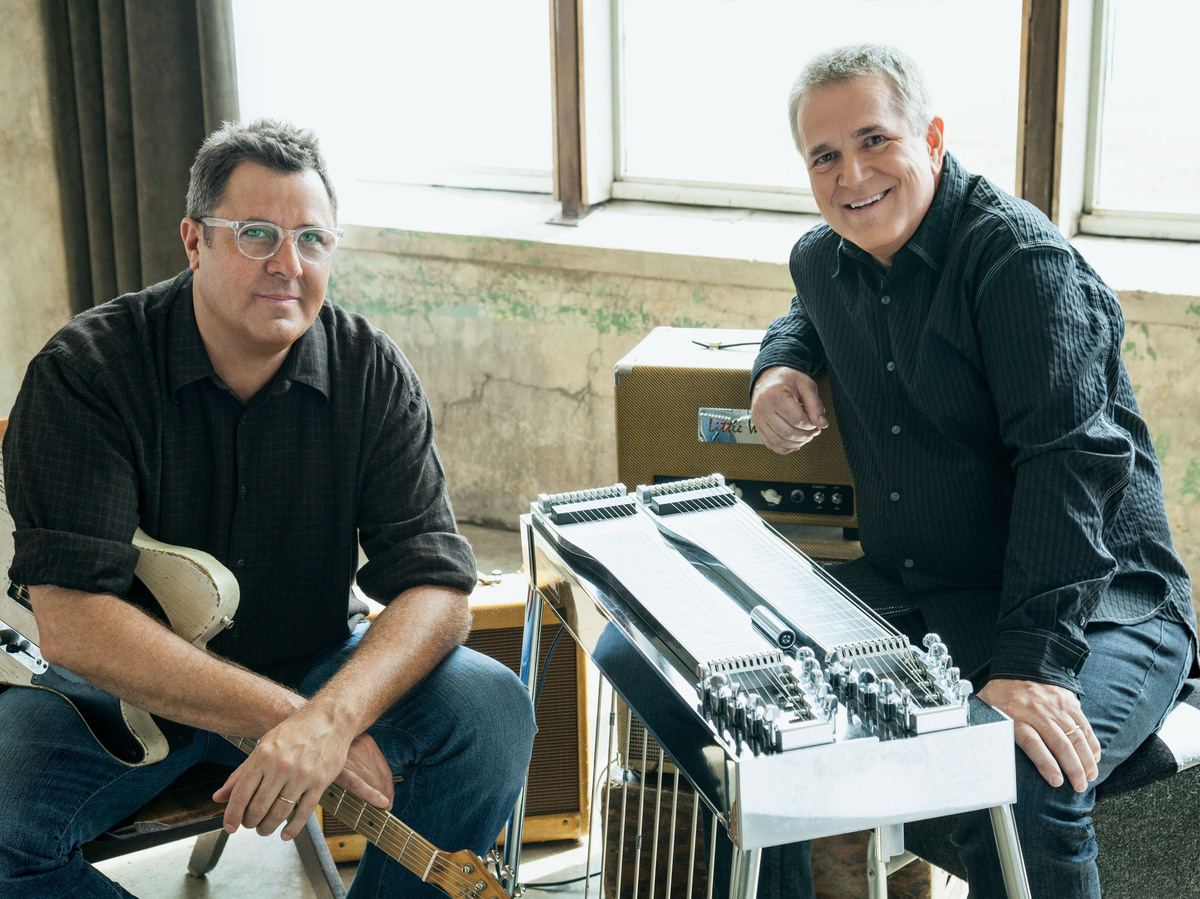 Vince Gill And Paul Franklin Ain T Foolin Around With