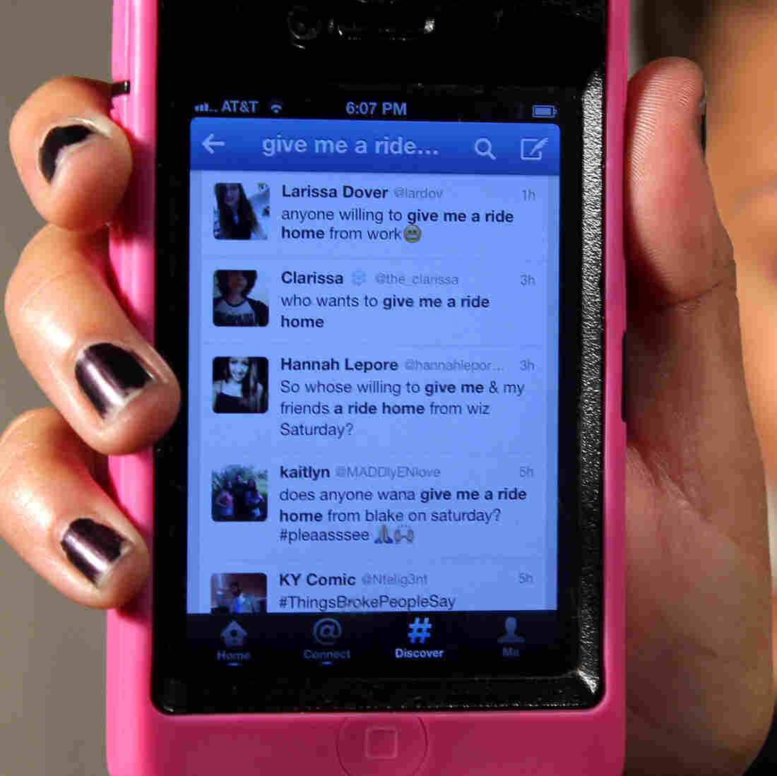 Teens Use Twitter To Thumb Rides