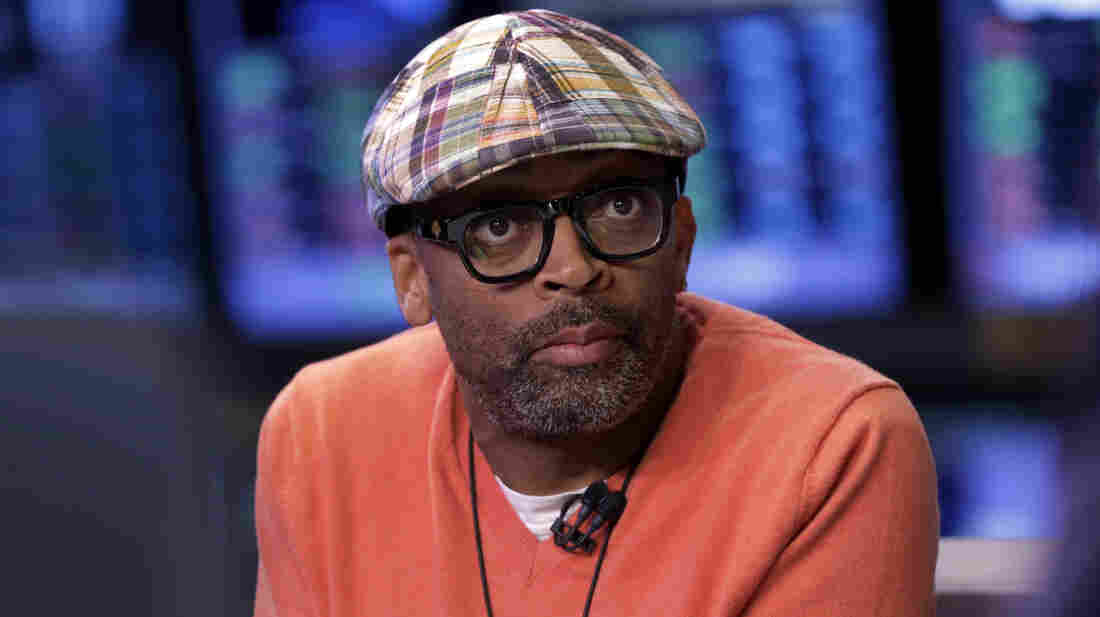 Legendary filmmaker Spike Lee is using the website Kickstarter to raise money for his latest project.