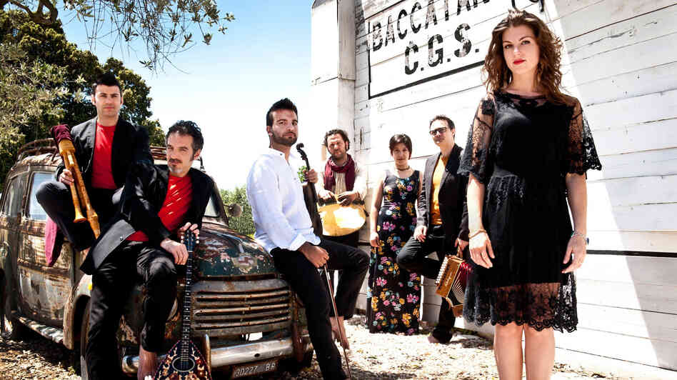The band Canzoniere Grecanico Salentino is leading the revival of an old Italian folk style called taranta, which has hypnotic rhythms meant to have restorative powers.