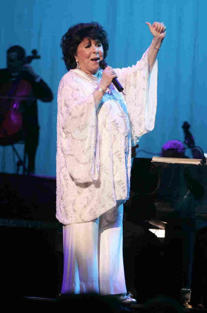 Eydie Gorme performs in Sunrise, Fla.,  on Feb. 2, 2008. Gorme died Saturday at age 84.