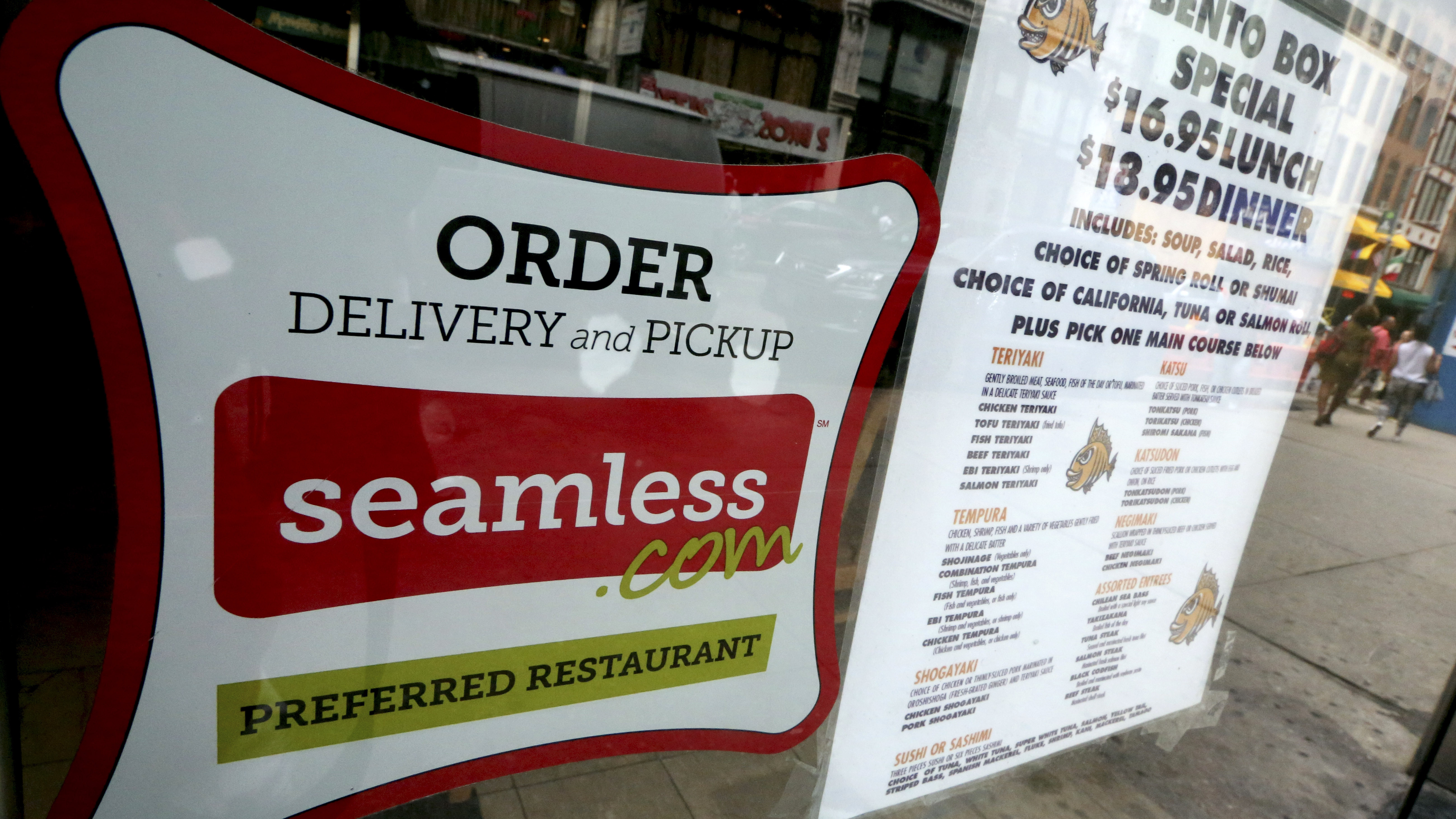 Food Delivery Hits The Web, But Restaurants Pay The Price