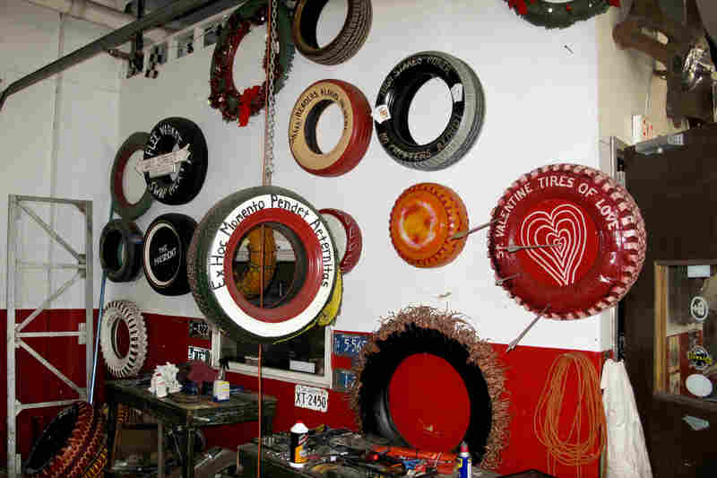 When Pierson isn't touring in his vintage Cadillac, he collects discarded tires from the Memphis landscape. He transforms the tires into chairs, ottomans, wall hangings and folk art pieces.