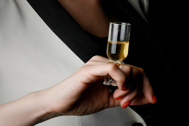 A classy and sophisticated way to sip Chardonnay. But alas, Remy Martin only produced prototypes of the cocktail jewelry for art exhibits.