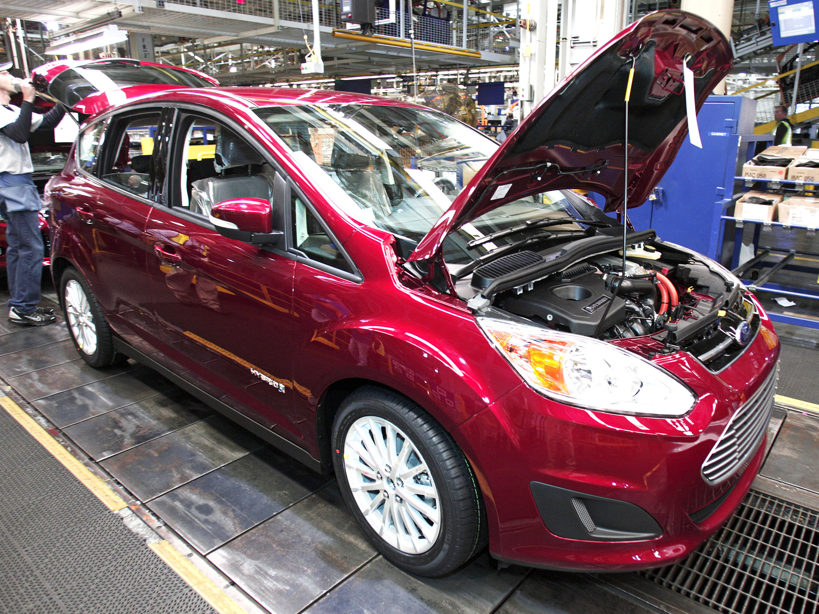 Ford Lowers Mileage Rating On Its C-Max Hybrid