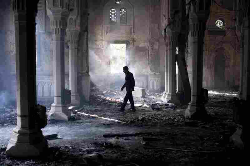 The Rabaa al-Adawiya mosque in Cairo was burned during clashes Wednesday between Egyptian security forces and supporters of ousted President Mohammed Morsi. According to the latest estimates, more than 500 people died and around 3,500 were wounded.