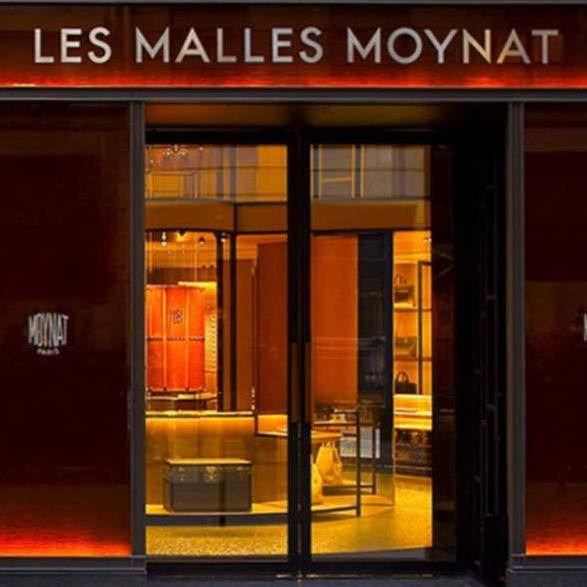 In 2011, Moynat reopened its doors at 348 Rue Saint Honore.