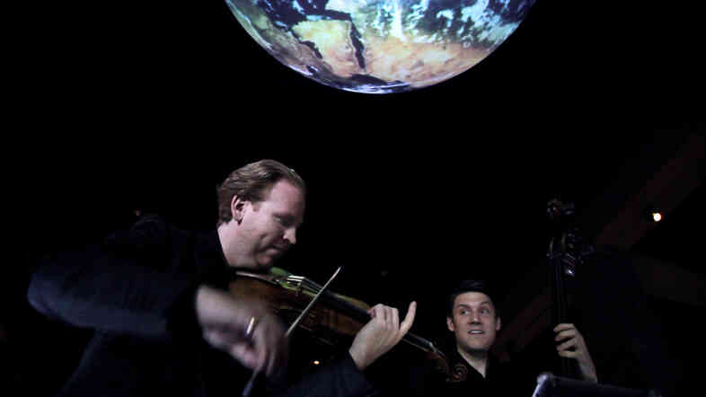 Violinist Daniel Hope takes his music of the spheres concept to the Center for Earth and Space at the American Museum of Natural History.