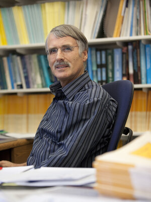 Kevin Trenberth is a distinguished senior scientist at