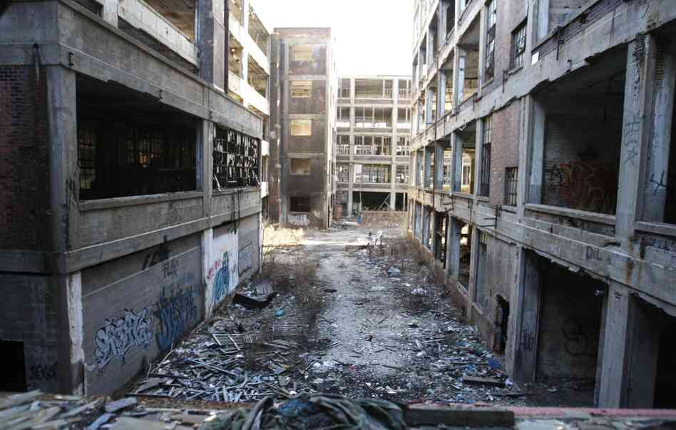 Detroit's abandoned Packard car plant, seen here in a 2010 photo, could eventually sell for $21,000 if a development deal falls through, a Wayne County official says.