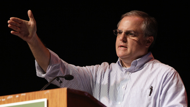Sen. Mark Pryor, D-Ark., speaks at the Rice Expo in Stuttgart, Ark., on Aug. 2. (AP)