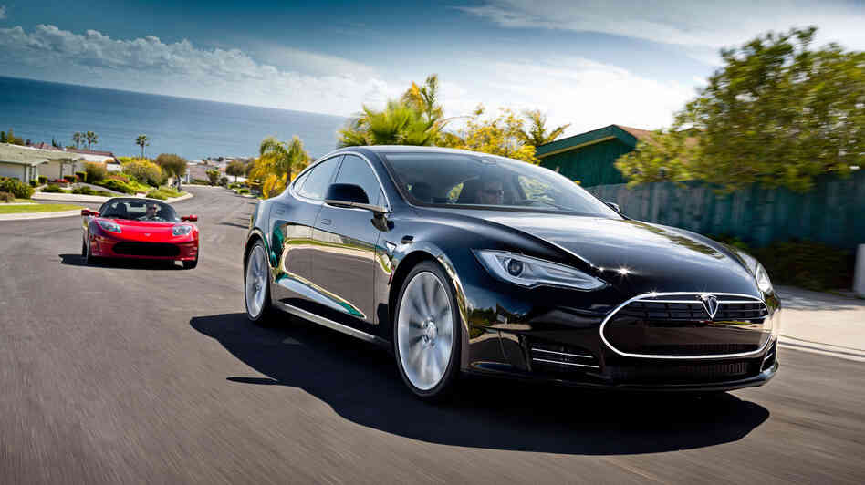 Tesla Motors has outsold several luxury carmakers in California in 2013, on the st