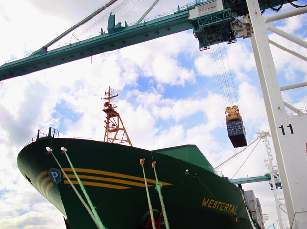 Stronger-than-thought exports produced stronger-than-thought economic growth in the spring. (2010 file photo from the Port of Miami.)