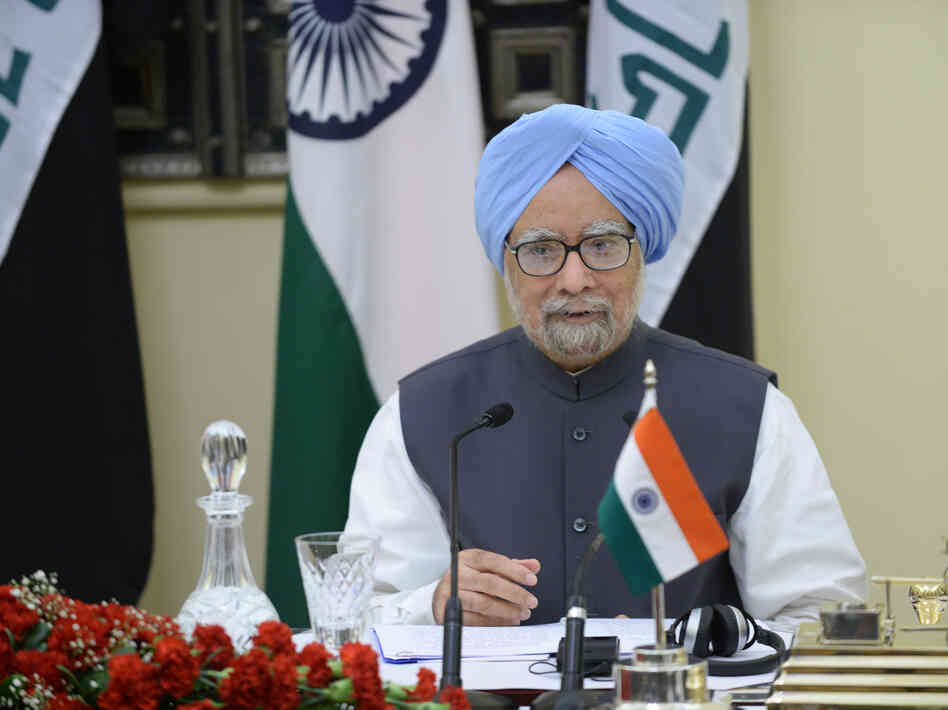 Indian Prime Minister Manmohan Singh during a diplomatic signing ceremony with Iraqi Prime Minister Nouri al-Maliki in New Delhi last week.