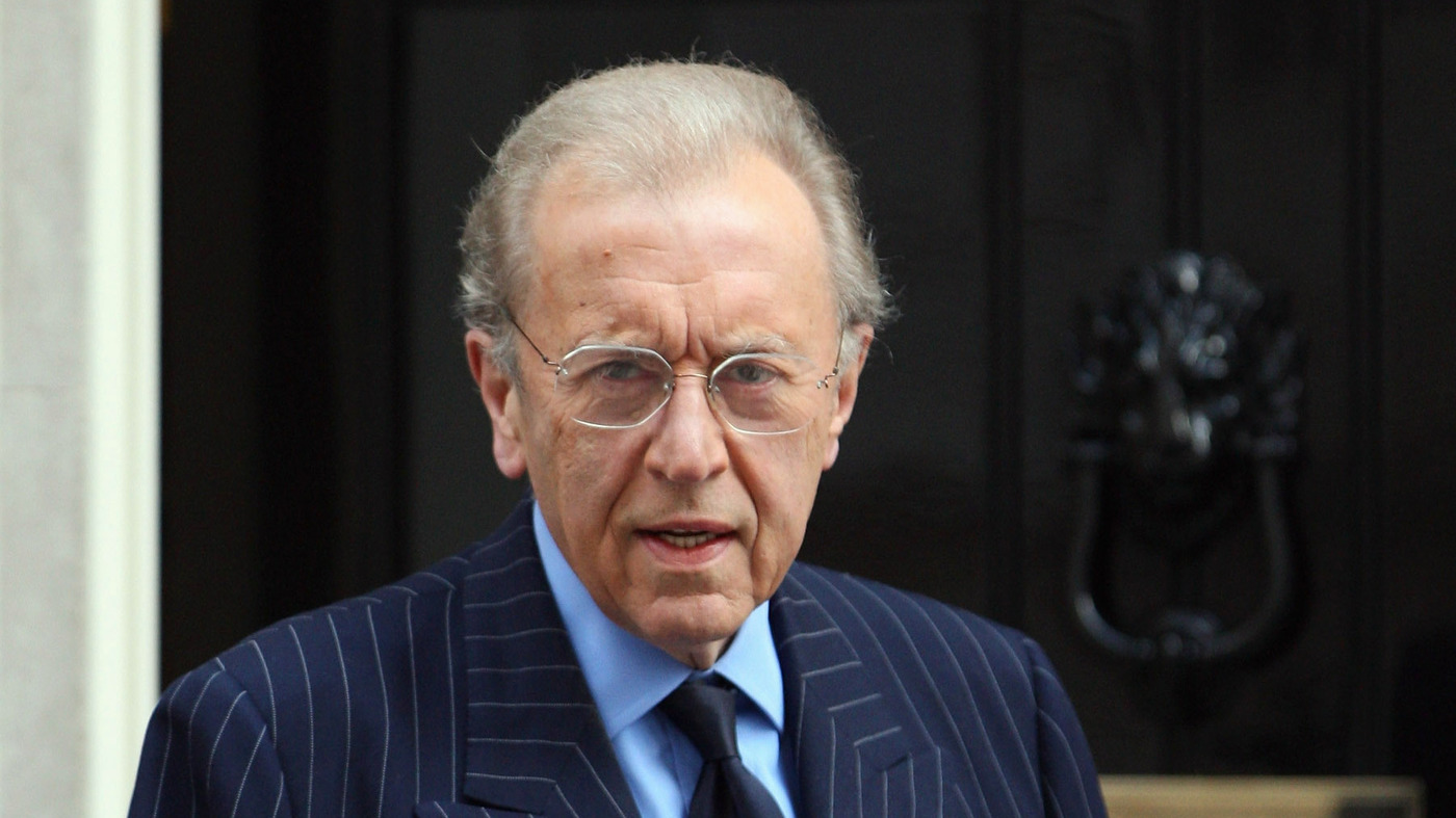 British Journalist And TV Personality Sir David Frost Dies At 74