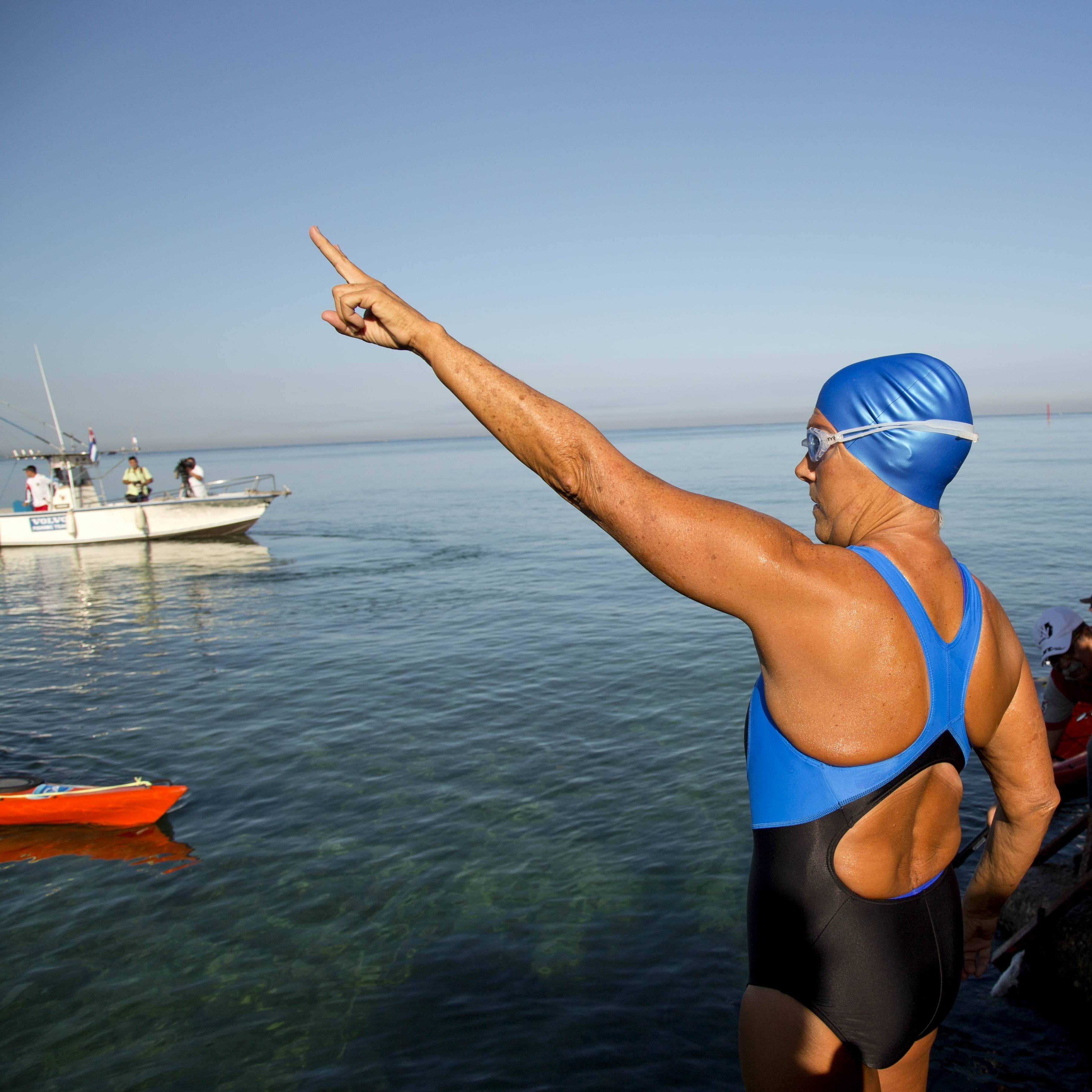 U.S. swimmer Diana Nyad, 64, points toward Florida on Saturday before beginning her latest attempt to swim from Havana, Cuba, to Key West.