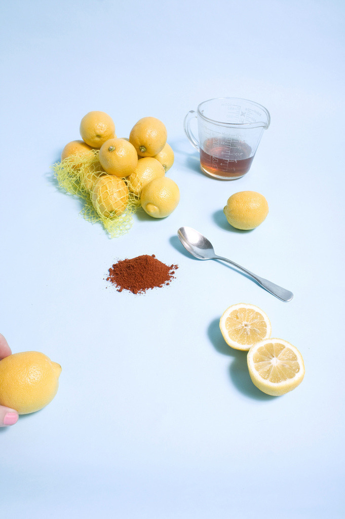 "The Master Cleanse: Adherents are required to avoid any food and just drink a concoction of water, lemon juice, maple syrup and cayenne pepper to ""detoxify"" their bodies. As Piper in Orange Is The New Black proves, it's tough to make it through on this meager meal."