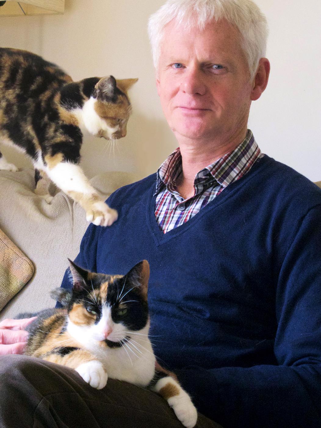 What's Mittens Thinking? Make 'Sense' Of Your Cat's Behavior
