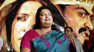 Author Sushmita Banerjee poses at a 2002 news conference announcing the launch of the movie Escape From Taliban, which is based on her memoir A Kabuliwala's Bengali Wife.