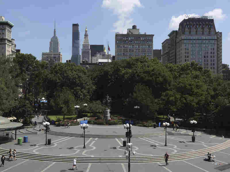 Jeffrey Babbitt was struck by a disturbed man as he walked through Manhattan's Union Square Park, above.