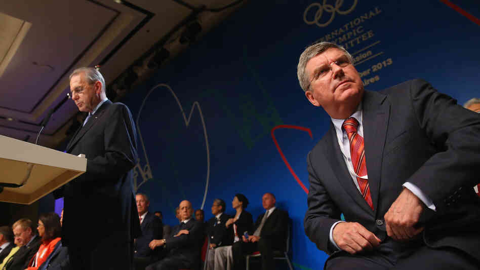 Thomas Bach (right) has been chosen to succeed International Olympic Com