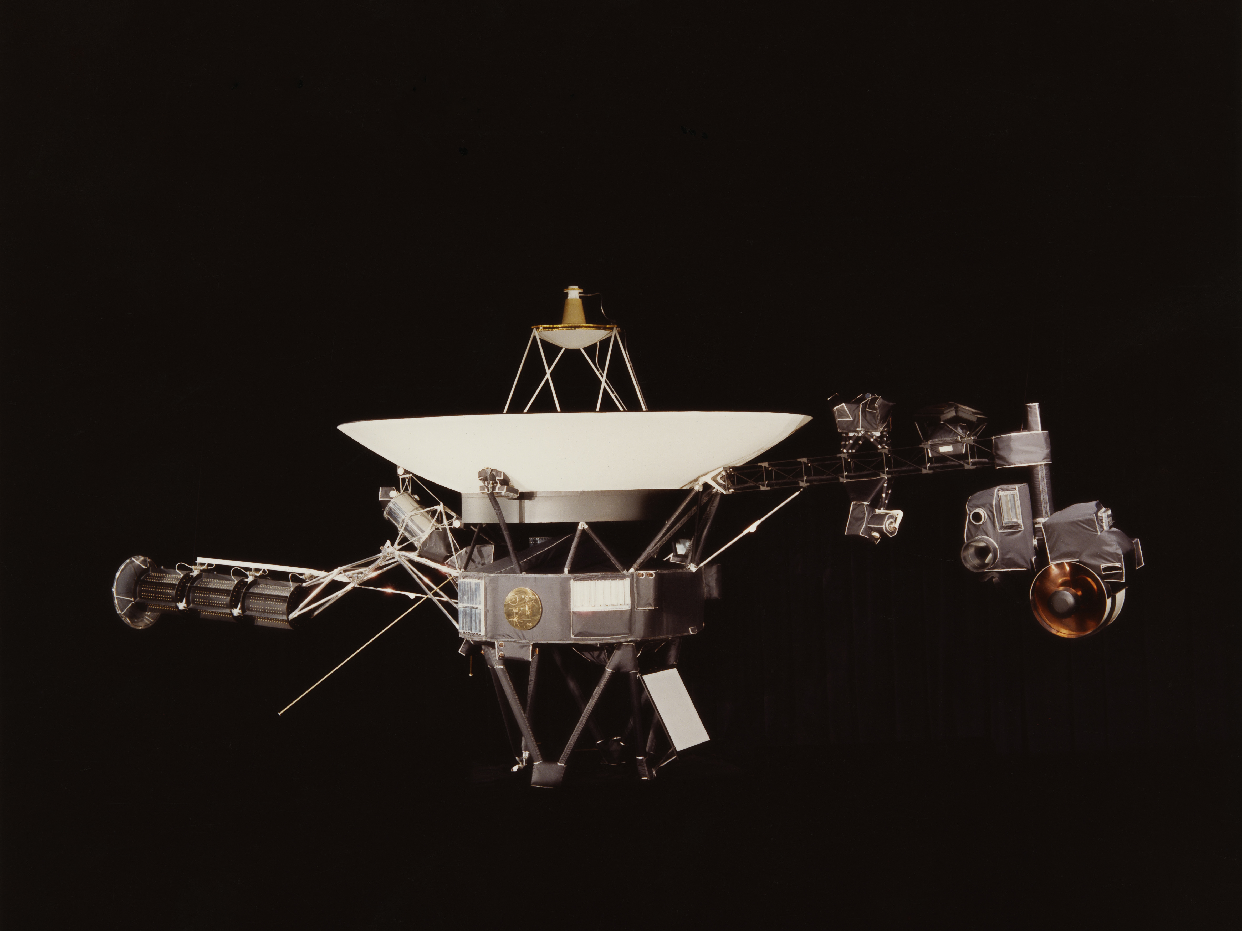Voyager Has Left The Solar System (This Time For Real ...