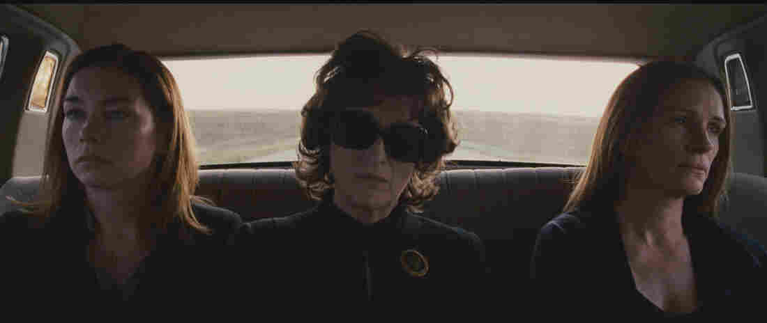 Julianne Nicholson, Meryl Streep, and Julia Roberts in August: Osage County.