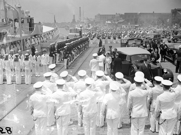 King George VI and Queen Elizabeth arrive at the Washington Navy Yard on June 9, 1939, to join President Franklin Roosevelt on a cruise down the Potomac River to Mount Vernon, Va.