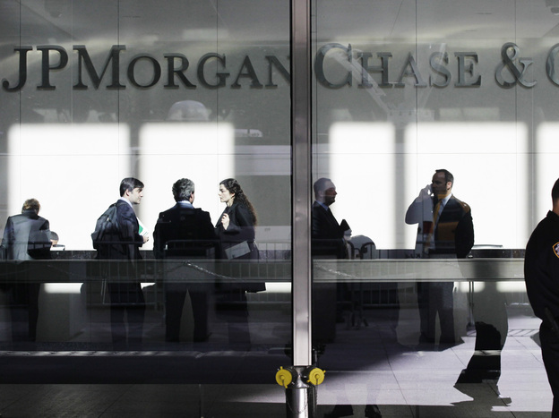JPMorgan Chase will reportedly pay a $700 million fine to settle allegations that it made risky trades out of its London office that led to more than $6 billion in losses.