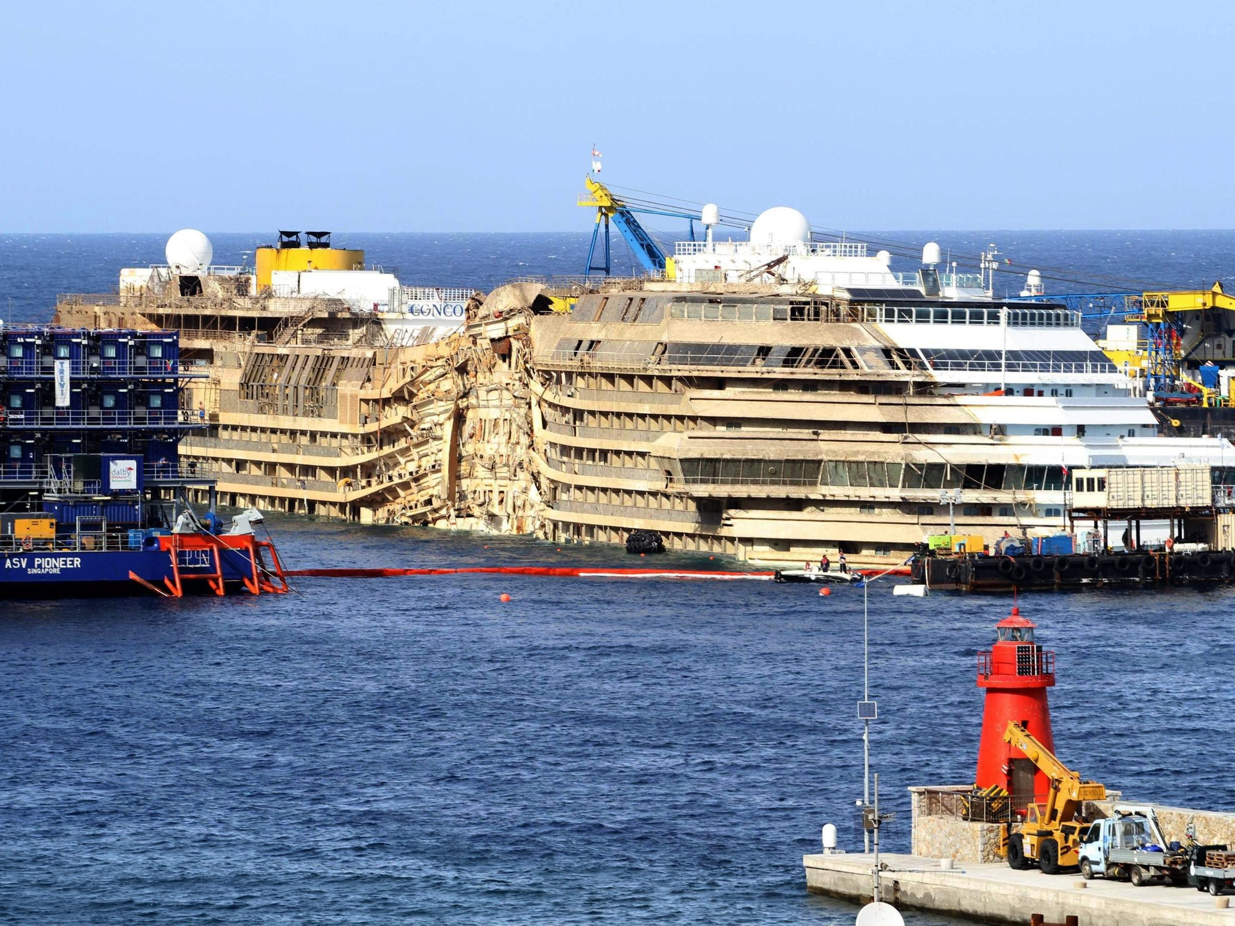 WATCH TimeLapse Video Of The Costa Concordia Being