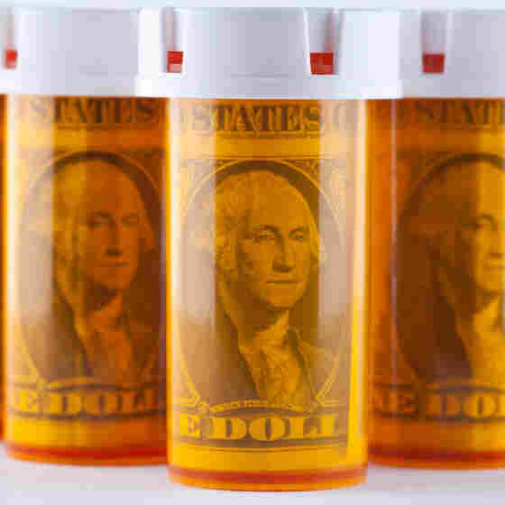 Increased use of generic drugs caused a slight drop in the price of prescription drugs in 2012.