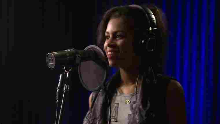 AlunaGeorge, 'Your Drums, Your Love' (Live)