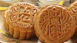 Duck Eggs And Lotus Seeds: Waxing Nostalgic About Mooncakes