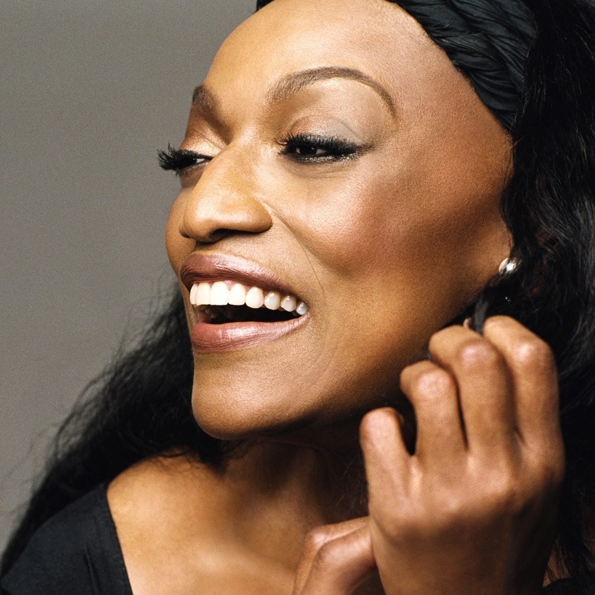 In a conversation aired on WBGO, Jessye Norman credits the study of jazz with her understanding of song interpretation.