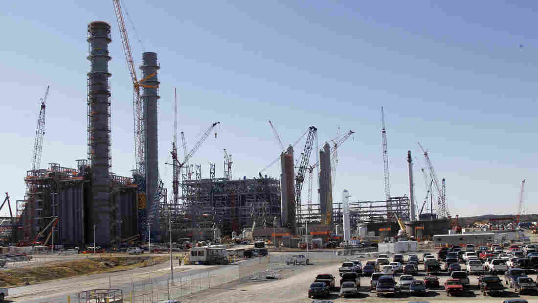 Mississippi Power's Kemper County energy facility near DeKalb, Miss., seen under construction last year. Carbon dioxide will be captured from this plant and used to stimulate production of oil from existing wells.