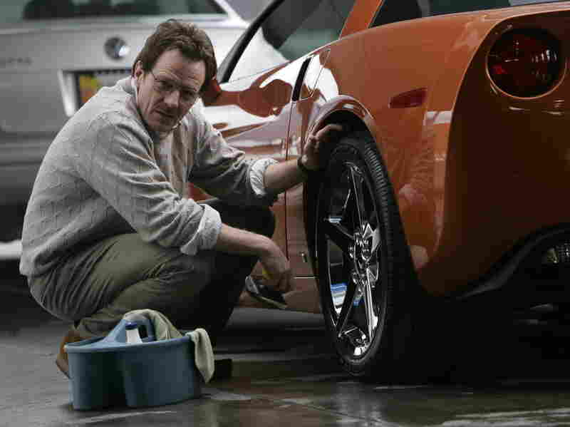 The creators of Breaking Bad judiciously use the point-of-shot sequence in critical scenes of the pilot, including when Walter White is forced to clean the tires of student's car.
