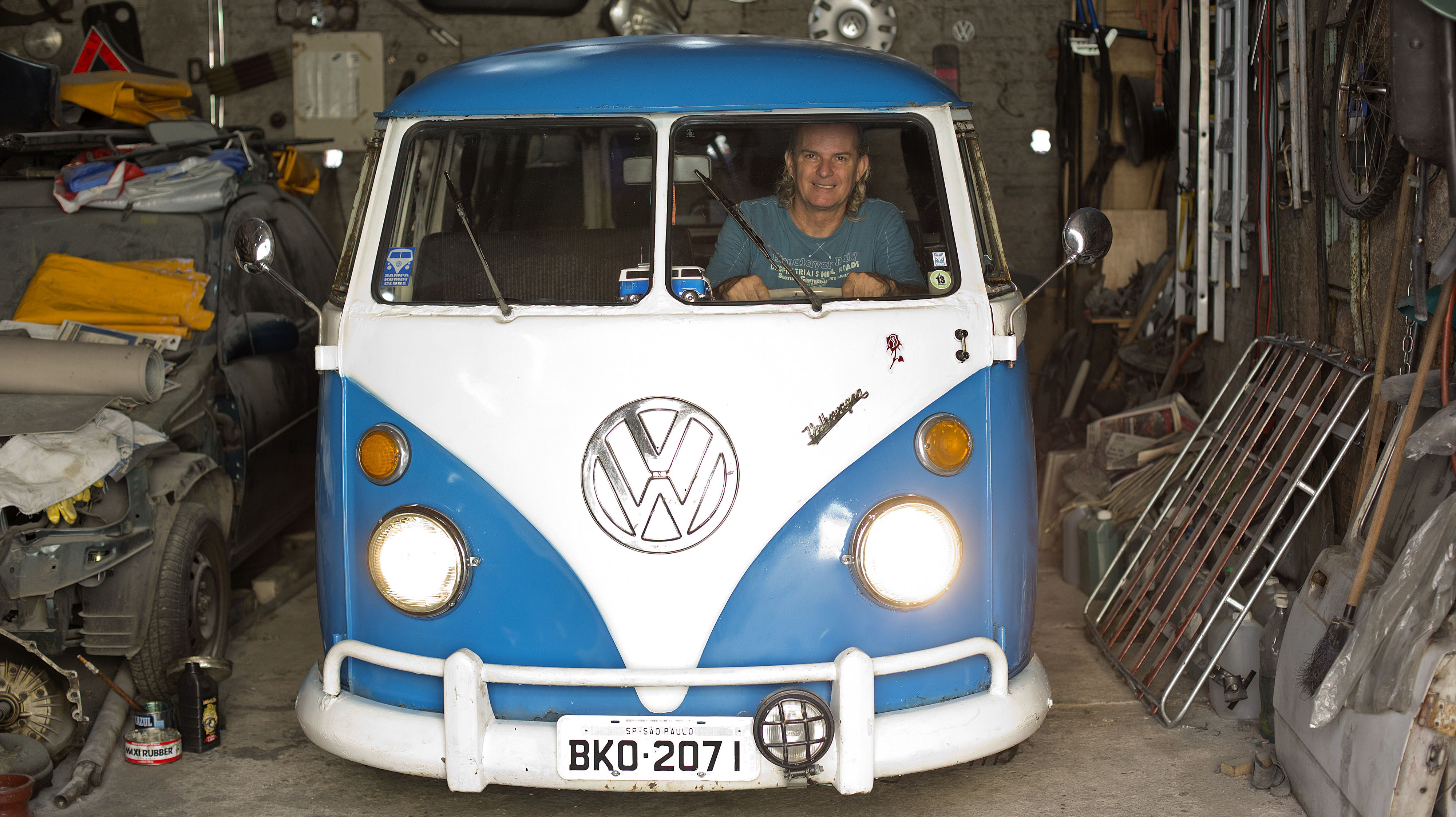 No Way Man Last Vw Bus To Soon Roll Off Assembly Line The Two Way Npr