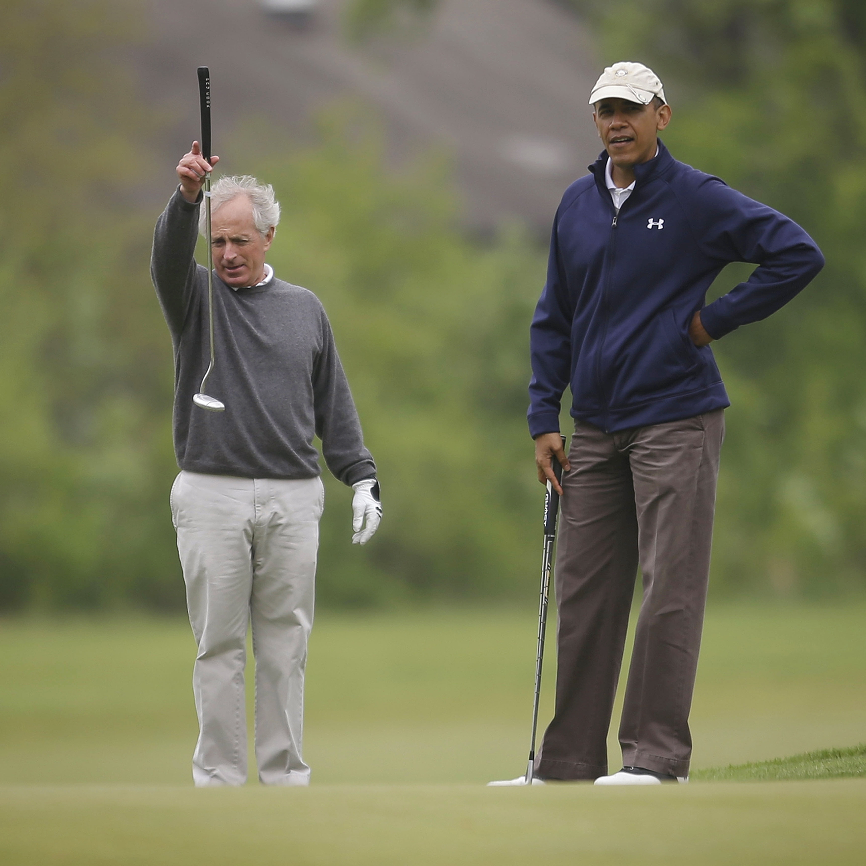 Bush Doesn't Fault Obama For Playing Golf