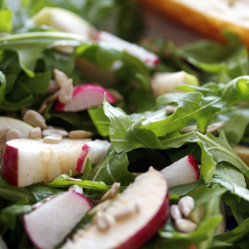 Apple and Arugula Salad with Lemon Vinaigrette